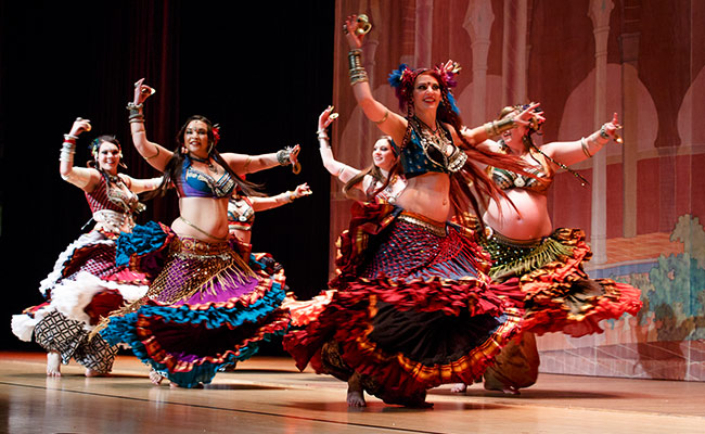 bellydancers available